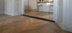 Eiken tapis visgraat vloer