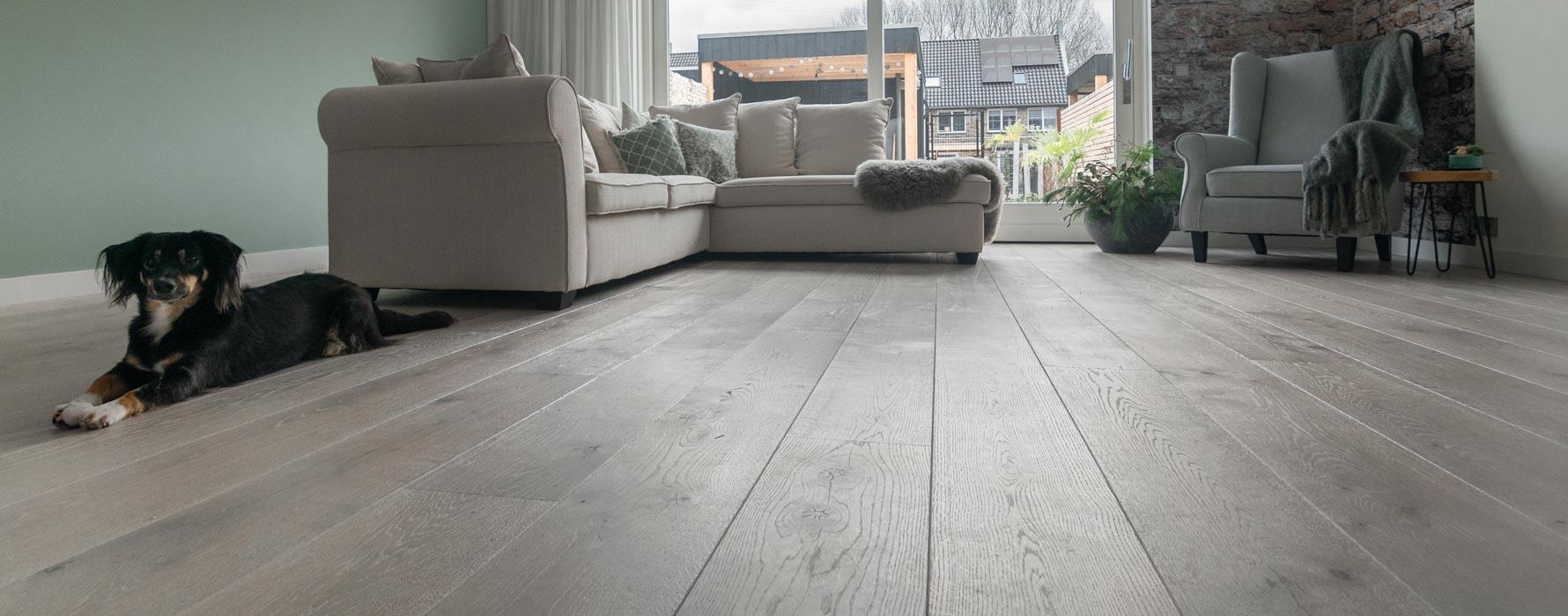 Geschaafde white wash vloer