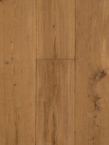 Op de foto zie je een geschaafde en verouderde vloer zonder V-groef