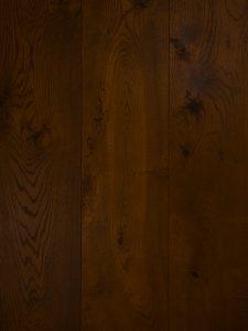 Bruine gerookte eiken vloer geschikt voor vloerverwarming
