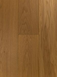 Geschuurde ultraviolette houten vloer