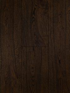 Zwaar geborstelde eiken vloer