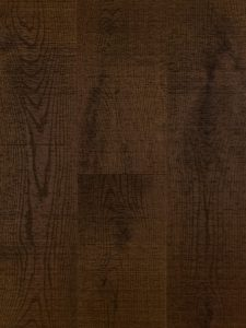Bruine bezaagde houten vloer