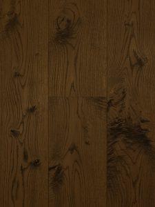 Bruine houten vloer geschaafd