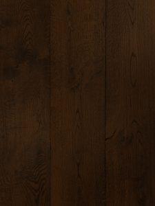 Donker gerookte eiken vloer geschikt voor vloerverwarming