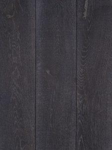 Donker bezaagde eiken houten vloer van hoge kwaliteit.