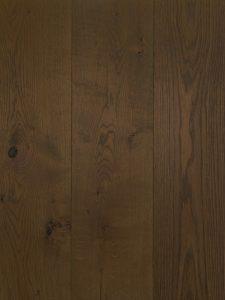 Geschaafde en gerookte grijze vloer geschikt voor vloerverwarming
