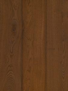 Deze duoplank vloer is gerookt en met een bruine kleur geolied