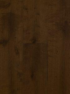 Deze houten vloer is met een monocoat olie afgewerkt