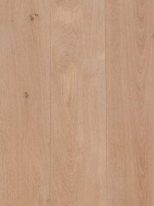 Wit geschaafde houten vloer voor op vloerverwarming.