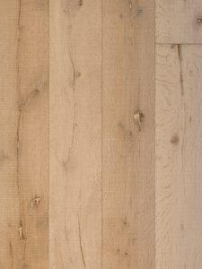 Deze witte verouderde houten vloer maken wij voor jou op maat.