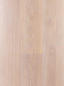 Witte vloer met sterke beschermlaag geschikt voor op vloerverwarming.