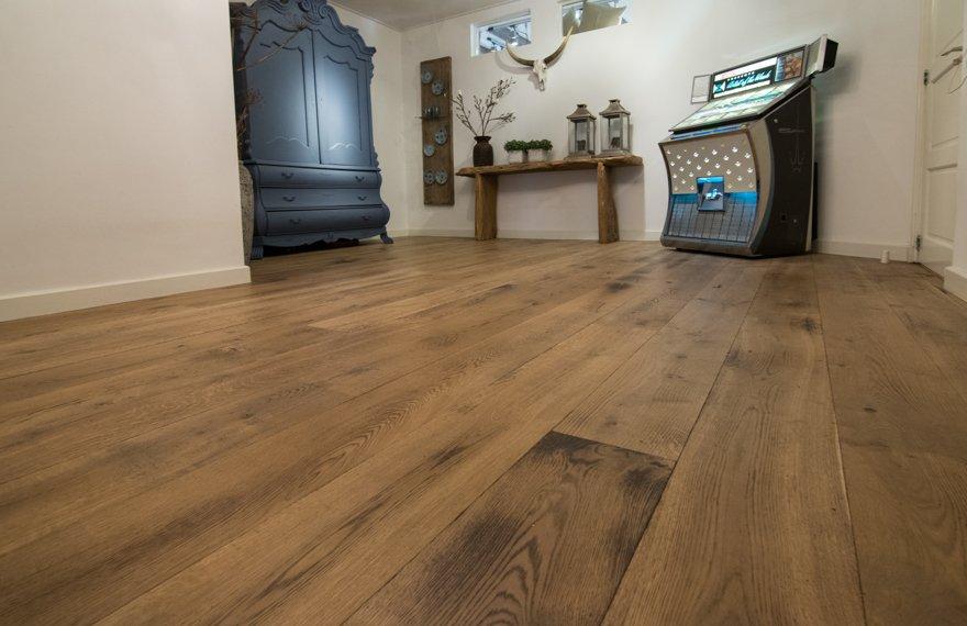 Gebrande houten vloeren