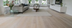 Licht witte houten vloer