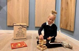 Kinderen houten vloer Assen