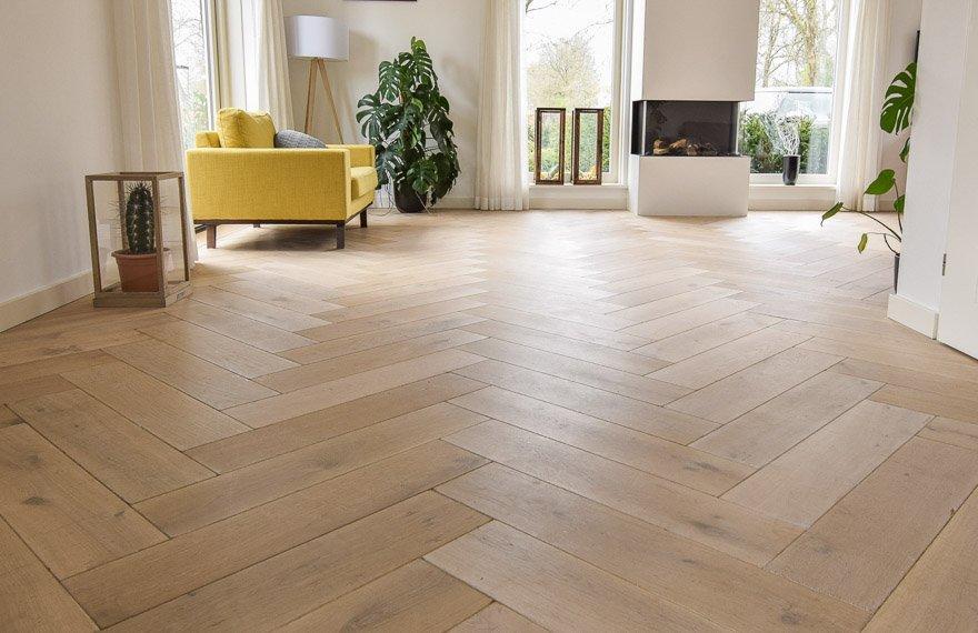 Visgraat vloeren Drachten