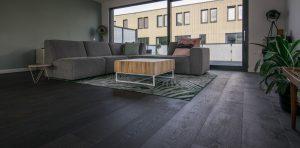 fijn bezaagde houten vloeren