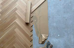 Visgraat vloer verlijmen op vloerverwarming