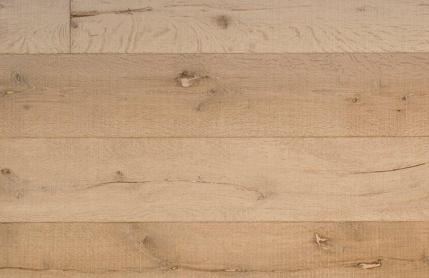 Oude eiken planken vloer