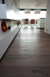 Oude eiken planken vloeren