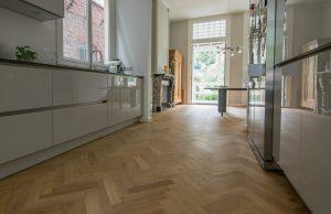 Semi tapis visgraat vloeren