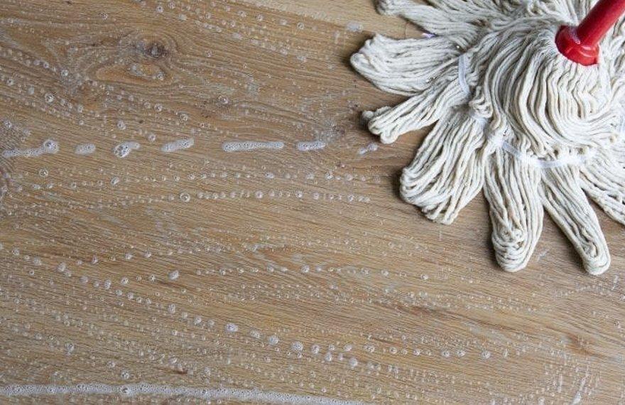 Zepen houten vloer