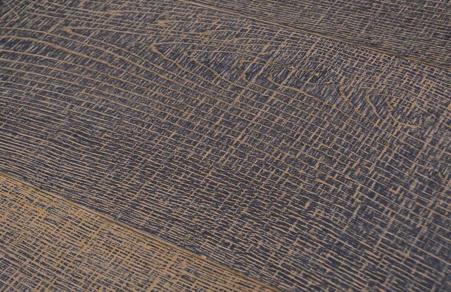 Bezaagde eiken houten vloer