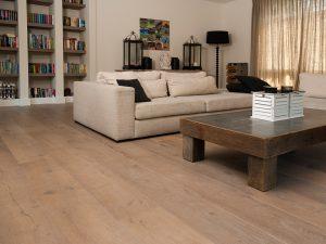 Gerookte houten vloer inspiratie