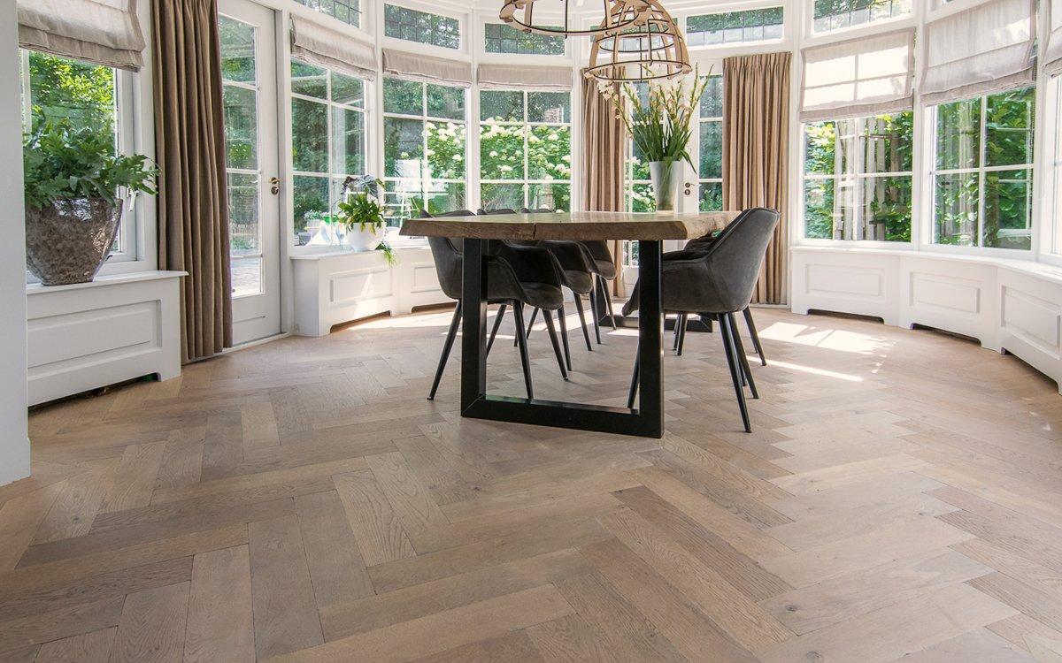 Gerookte houten vloeren