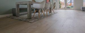 Houten vloer en vloerverwarming in nieuwbouwwoning