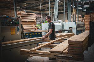 Kaliberen houten vloeren