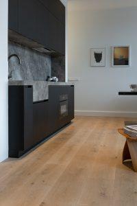 Naturel vloer in keuken