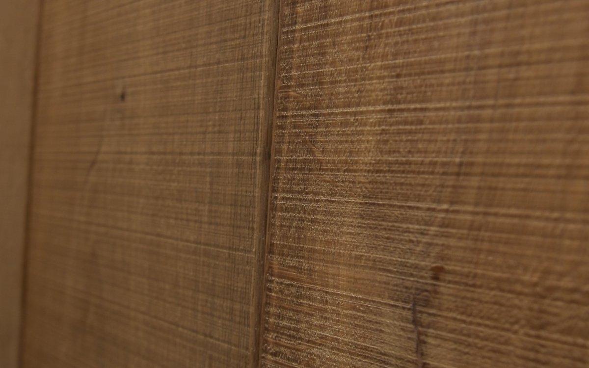 Video bezaagde houten vloeren
