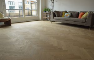 Visgraat vloer zonder v-groef