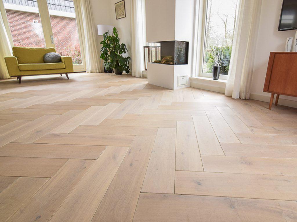 Witte duoplank visgraat vloer inspiratie