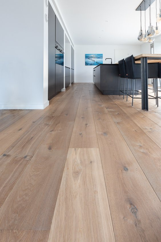 Rustieke gerookte houten vloer