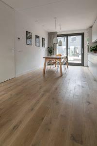 Rustieke houten vloer woonkamer