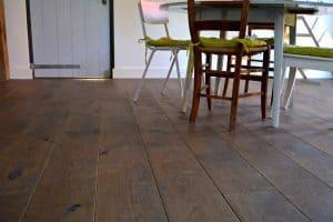 Verouderde vloer Friesland