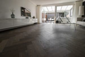 Visgraat vloer op vloerverwarming Purmerend