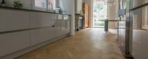 Eerst houten vloer of eerst keuken plaatsen