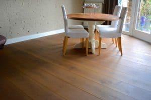 Bruine vloer in Friesland