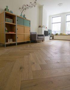 Visgraat houten vloer Groningen
