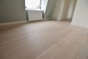 Witte vloer boven
