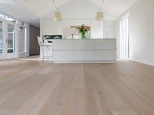 Eikenhouten vloer in keuken
