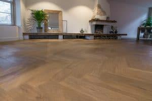 Visgraat houten vloer Hoorn