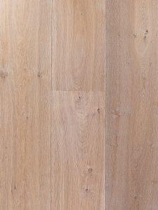 Eiken vloer met kleurnuances en geschikt voor op vloerverwarming.