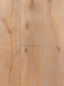 Getrommelde eikenhouten vloer geschikt voor op vloerverwarming.