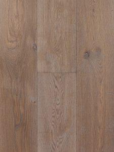 Getrommelde en gerookte houten vloer van Europees eikenhout.