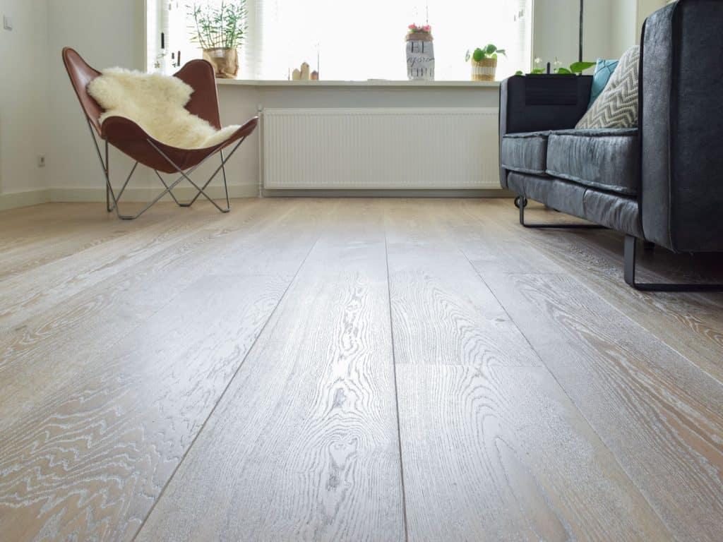 Houten vloer white wash