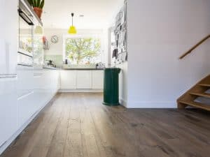 Drie breedte houten vloer